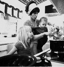 Erika Hoffmann se svými dětmi